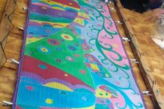 hundertwasser színes selyemsál